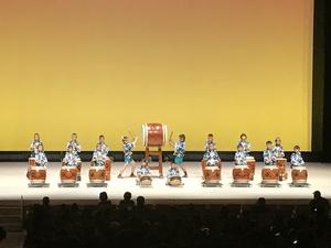 子ども芸術祭に出演 太鼓クラブ