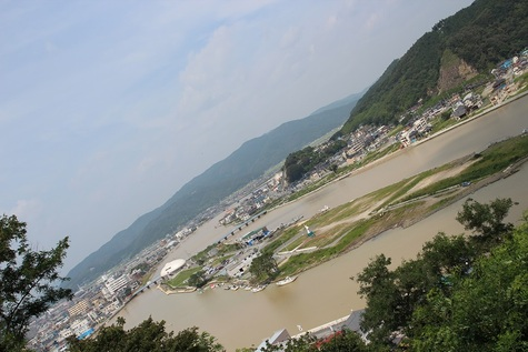 日和山から