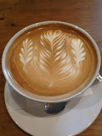 FLAT WHITE COFFEE FACTORY。 2013/11/28 07:27:00