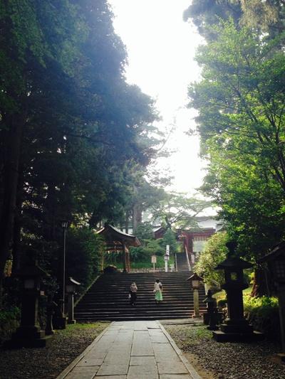 月曜の午後、塩竈神社にて。
