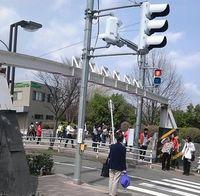 仙台市体育館では、大学の入学式が続いています