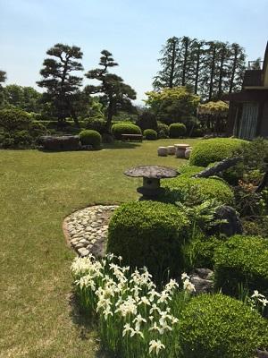 風薫る庭園