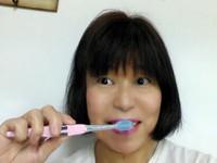 大人も子供も「KISS YOU」のマイナスイオンの流れる歯ブラシ