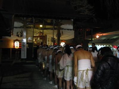 昨日は「熊野神社」のどんと祭に行きました。