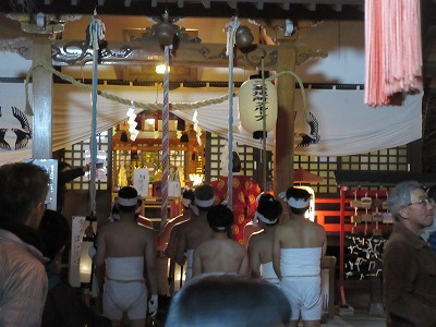 昨日は「契約念仏講」と「どんと祭」に行きました。