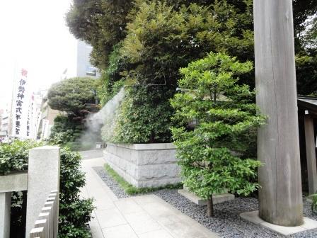 東京大神宮ミストの休憩所