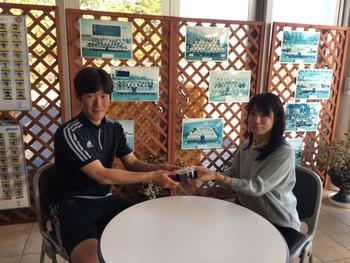 ベガルタ仙台 6 MF キムミンテ選手にチョコレートを渡してきました!