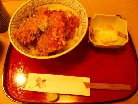 天松。。。天ぷらは揚げたてが美味しい~♪
