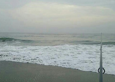 「嵐の前の静けさサーフ」