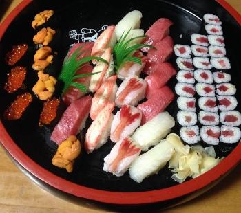 お寿司屋さんのお寿司です~♪