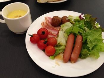 そして朝ご飯