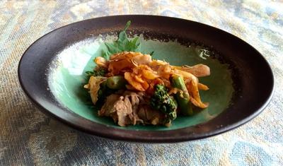牛肉のキムチ炒め