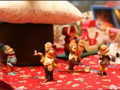 店内はクリスマスでいっぱいです。