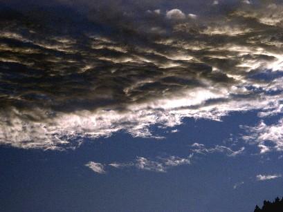 今日夕方の雲