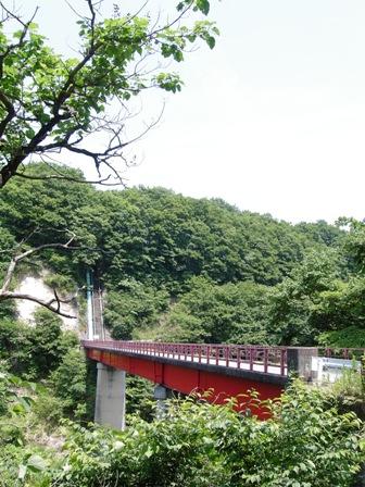 苦地橋付近