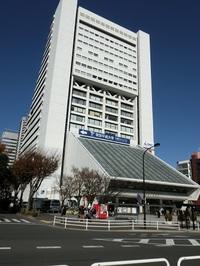 中野駅周辺が学園都市に変貌