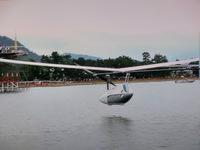琵琶湖の人力飛行機競技会