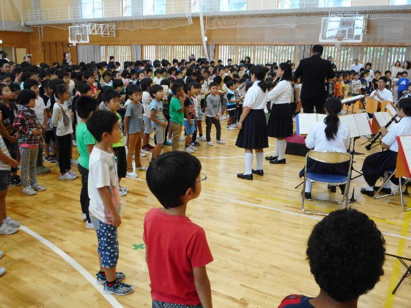 宮内中学校訪問演奏会