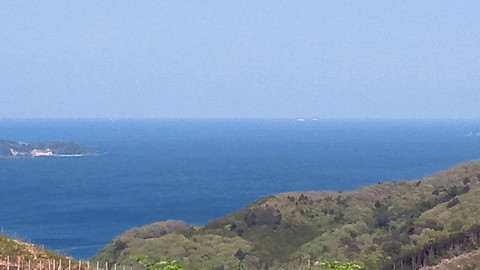 コバルトブルーの…海岸線