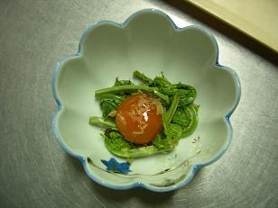 こごみとべっ甲卵