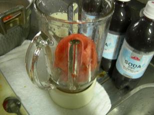 グロリン印のトマトジュース。