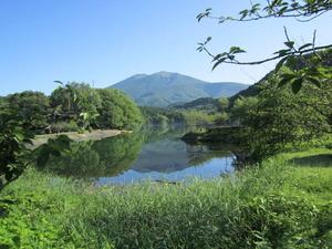 七ケ宿町 長老湖