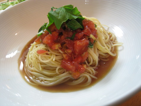 トマトで冷製カッペリーニ♪