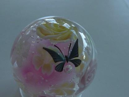 とんぼ玉 『薔薇のガーデン』