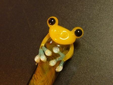 妖艶ガラス 『かえるペン』