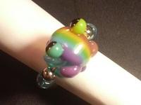 とんぼ玉 『虹色かえるリング』