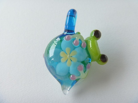 ガラス細工 『かえるのペンダントトップ』