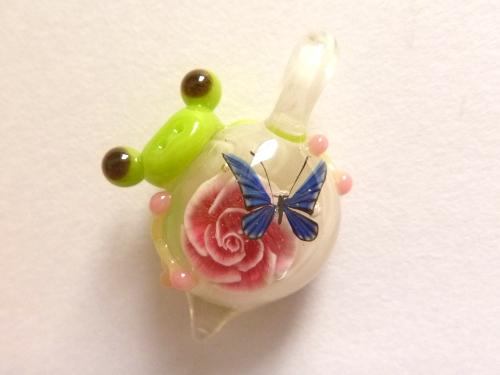 妖艶ガラス 『一輪の薔薇とかえる』