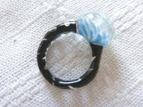 妖艶ガラス 『クルクルリング』