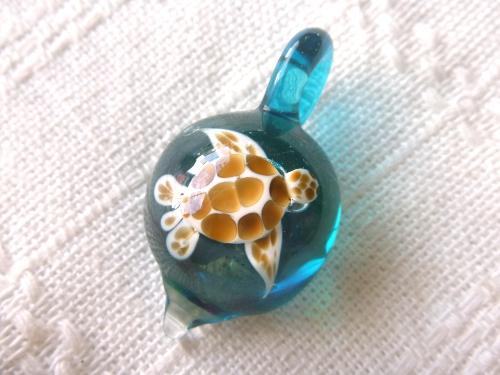 ガラス細工 『美ら海のしずく』