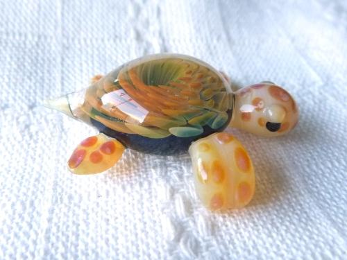 妖艶ガラス 『海亀』
