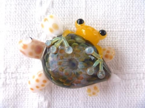 妖艶ガラス 『海亀とかえる』