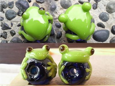 カエル玉の顔比べ