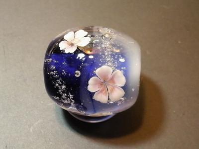 とんぼ玉 『夜桜』