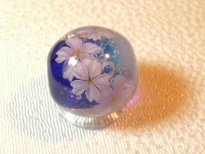 とんぼ玉 『桜咲く』