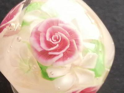 とんぼ玉 『薔薇パーツ』