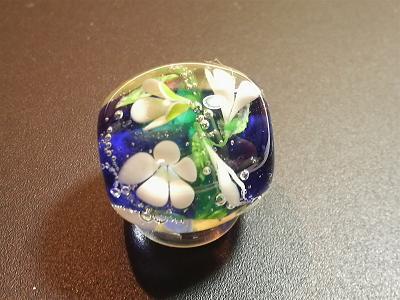 とんぼ玉 『立体水中花』