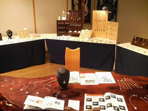 とんぼ玉 『桜咲く』 と 秋保での作品展