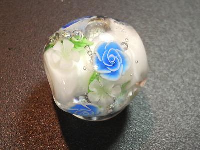 とんぼ玉 『青薔薇のブーケ』