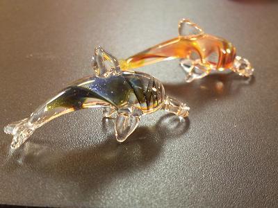妖艶ガラス 『イルカのトップ』