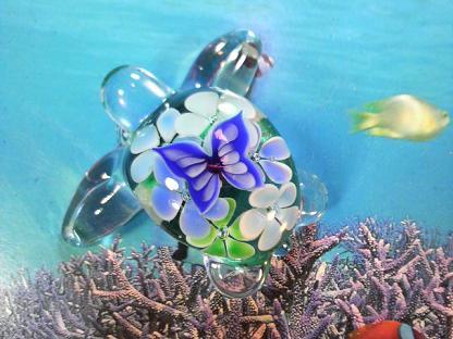 とんぼ玉 『花蝶ウミガメ』