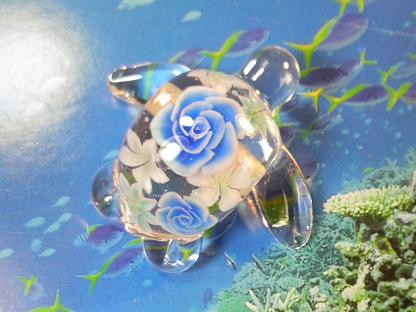 とんぼ玉 『ブーケのウミガメ』