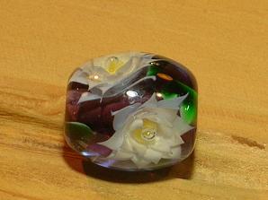 睡蓮のとんぼ玉
