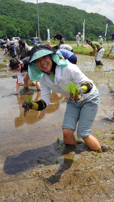 あきう米の田植えをしてきましよ!