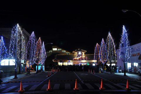 【豊里駅前冬の蛍通り】が開催されています