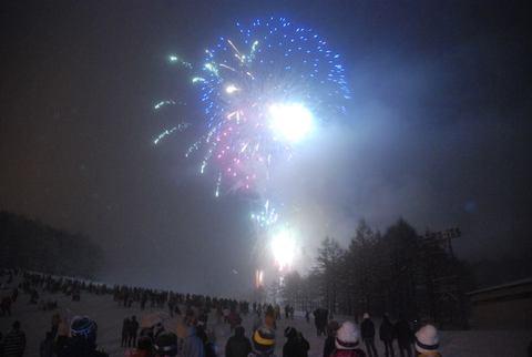 【えぼし雪上花火大会】が開催されます